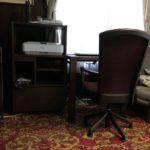 玄関のギャベとリビングの家具たち